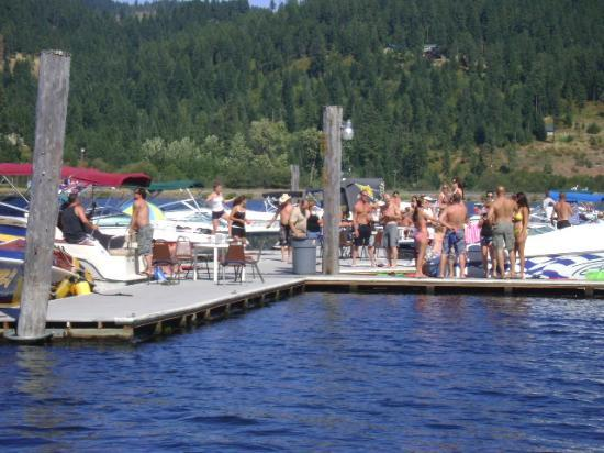 party-on-the-dock